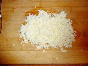 тертый адыгейский сыр
