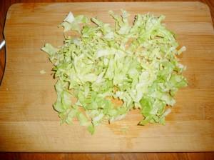 нашинковать капусту