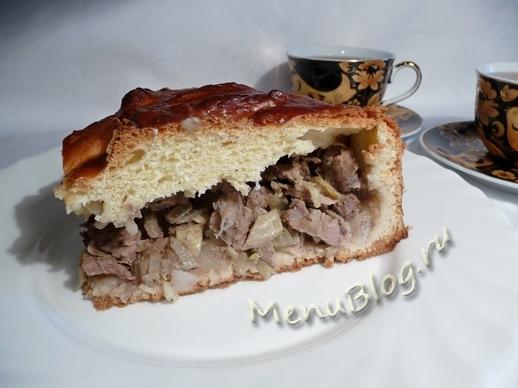 пирог с мясом